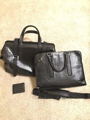 Matching Alligator print set of 3: weekend bag, messenger bag/briefcase and card case for Sale in Fresno, CA
