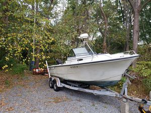 Boat and trailer proline 1984 for Sale in Wayland, MA