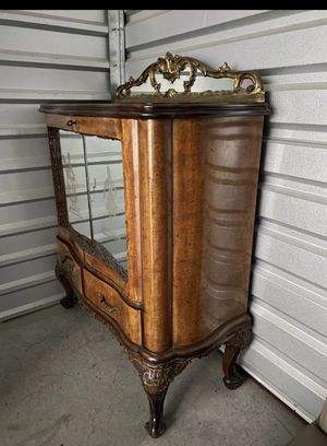Antique Sideboard Buffet Cabinet Storage with mirror doors for Sale in Mission Viejo, CA