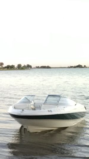 Bayliner 00 v6 Nice boat run fast ! Only 5.500 for Sale in San Francisco, CA