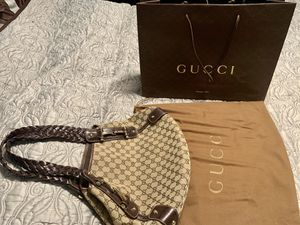 100% Authentic Gucci Monogram Pelham Shoulder Bag for Sale in Orange, CA