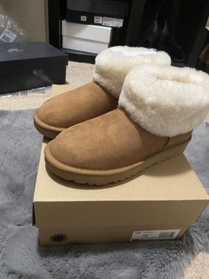 UGGS (size7) for Sale in Tacoma, WA