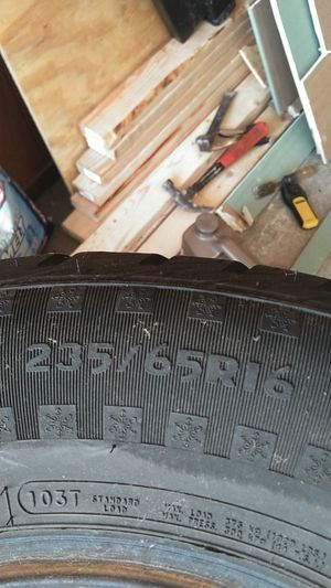 4 like new studded snow tires for Sale in Nanticoke, PA