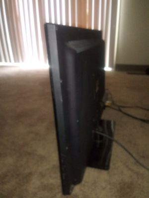 32 inch tv for Sale in Mount Morris, MI