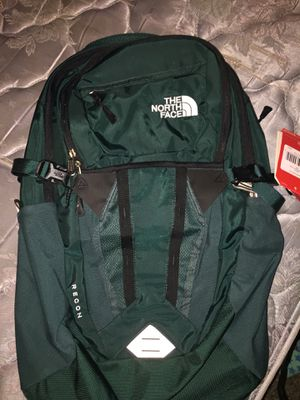Brand new recon emerald green colored north face backpack for Sale in University Place, WA