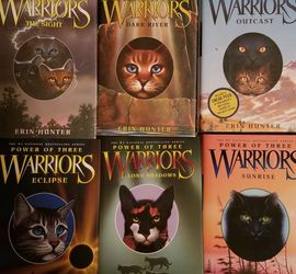 Warriors: Power Of Three (Hardback, Complete Series) for Sale in Vancouver,  WA