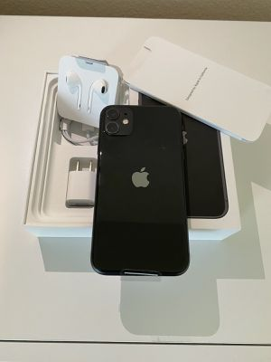 iPhone 11 Unlocked for Sale in Orlando, FL