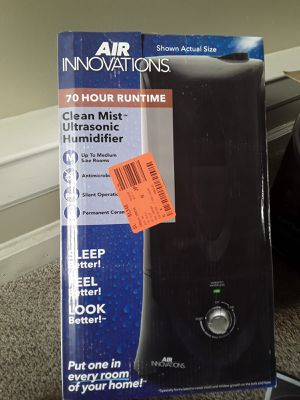 Air innovation 70hr humidifier for Sale in Atlanta, GA