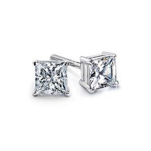 0.80 Ct Princess Cut Diamond Stud Earring for Sale in New York, NY