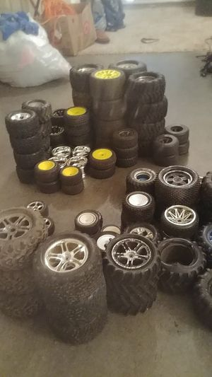 Various rc wheels and tires for Sale in Saint Joseph, MO