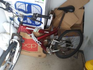 Mountain bike for Sale in Canandaigua, NY