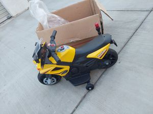 Toddler battery operator motorcycle for Sale in Riverside, CA