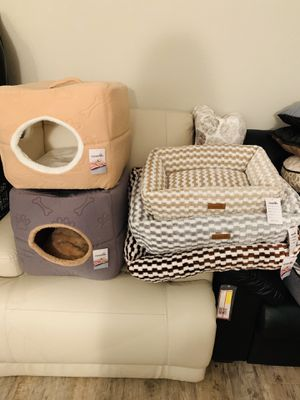 Brand new dog beds and cats house! Wholesale prices! for Sale in Winter Garden, FL