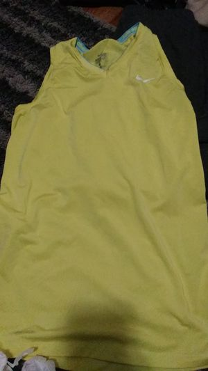 Nike dri fit med for Sale in Metairie, LA