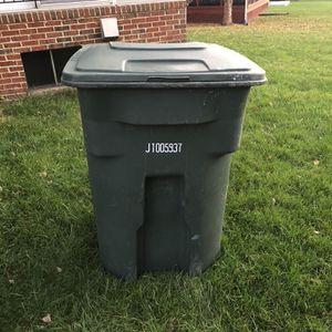 Trashcan for Sale in Leesburg, VA