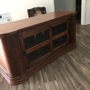 Vintage Tv Stand for Sale in Newnan, GA