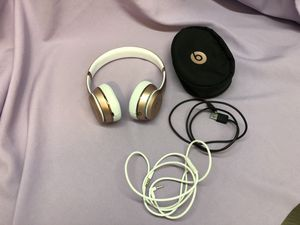 Beats Solo 3 Wireless Headphones in Rose Gold! Works Great! Latest model! Authentic! for Sale in Los Angeles, CA
