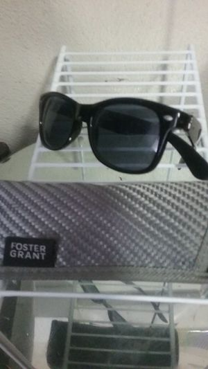Sunglasses from Foster Grant for Sale in Oroville, CA