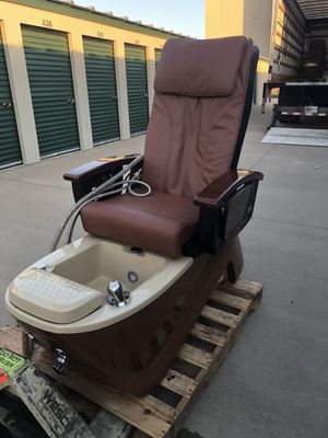 Nail Spa Equipment for Sale in Columbia, MO