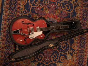 Gretsch Electromatic with hard case for Sale in Los Angeles, CA