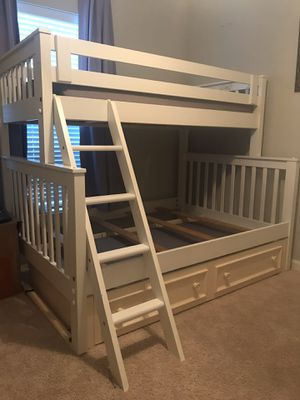 "BUNK BED 3 CAMAS EN 1 👇🏻👇🏻 LEA PORFAVOR ""LEA"" 👇🏻👇🏻👇🏻 for Sale in Houston, TX"