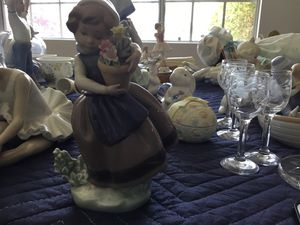Lladro 5223 figurine for Sale in Santa Ana, CA