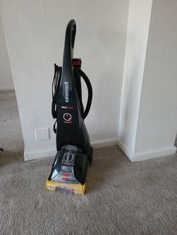 Bissell Proheat Carpet Cleaner for Sale in Bellmawr,  NJ