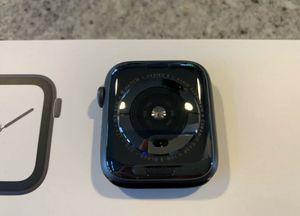 Apple Watch Series 4 44mm for Sale in West Mifflin, PA