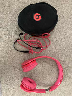Beats Solo - Hot Pink with Traveling Case and Aux for Sale in Las Vegas, NV