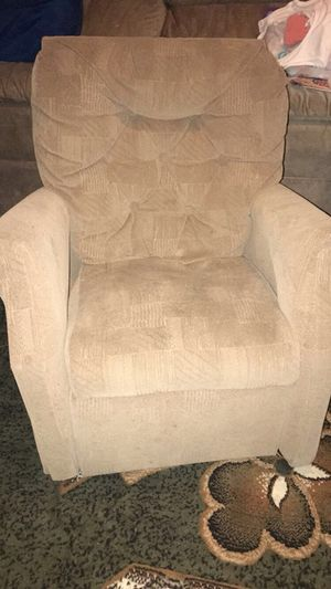 Child's Reclining Chair for Sale in St. Louis, MO