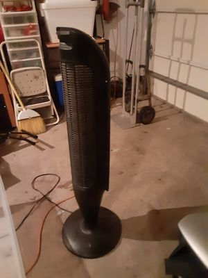 Air cleaner, heater. for Sale in Mill Creek, WA