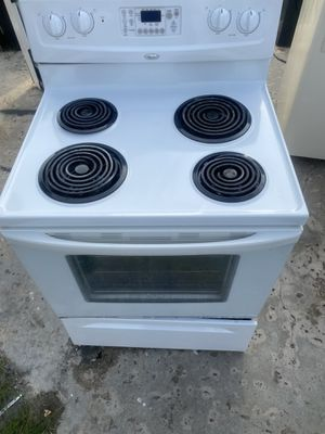 Whirlpool coil burners stove for Sale in Fort Lauderdale, FL