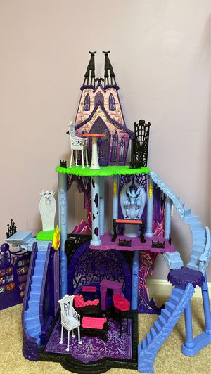 Monster High Castle for Sale in Winchester, VA