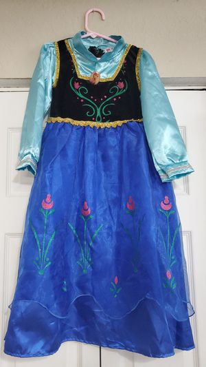 Ana dress/costumes for Sale in Princeton, FL