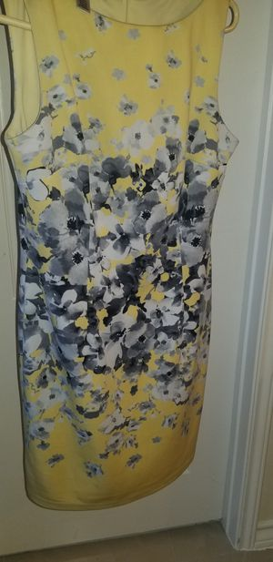 Yellow and grey dress for Sale in Laredo, TX