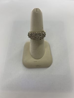 14KT YG Ladies Cluster Ring for Sale in Dallas, TX
