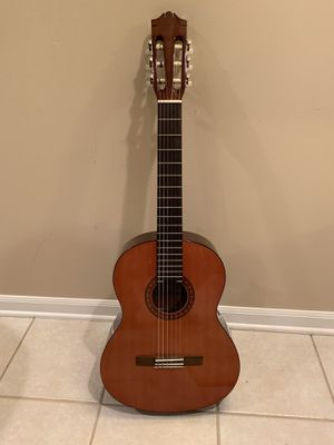 Yamaha CS-40 3/4 Size Acoustic Guitar w/Gig Bag for Sale in Lombard, IL