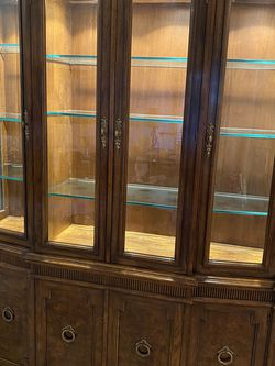 Drexel Heritage China Cabinet for Sale in Beaverton,  OR
