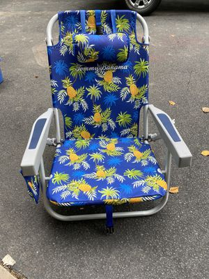 Tommy Bahama Cooler/Backpack Chair for Sale in Ashburn, VA