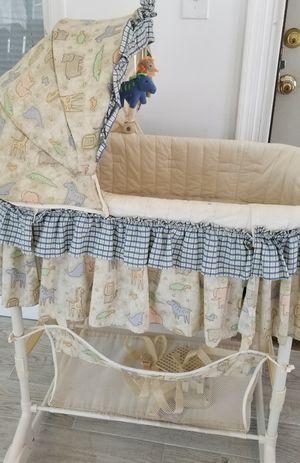 Baby bassinet for Sale in Manassas Park, VA