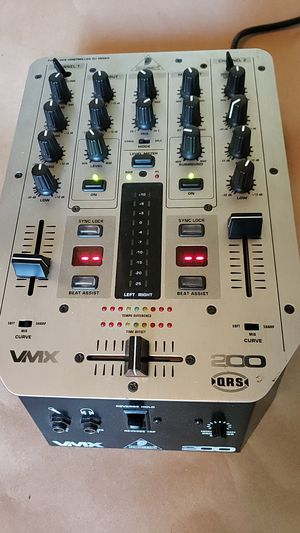 DJ MIXER Great Condition Fully Working for Sale in Elk Grove, CA