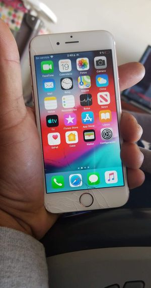 iPhone 6s pink the only thing is the screen for Sale in Miami Springs, FL