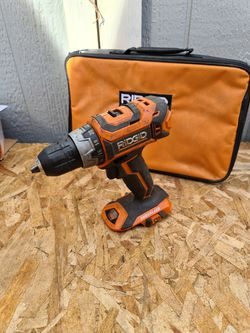 """Ridgid R860054 GEN5X 18 Volt Lithium-Ion Brushless Cordless 1/2"""" inch 2-Speed Drill/Driver for Sale in Snohomish,  WA"""