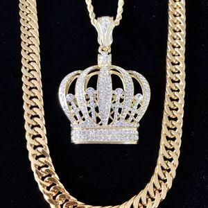 CROWN 18K GOLD DIAMONDS cz CHAIN MADE IN ITALY for Sale in Miami, FL