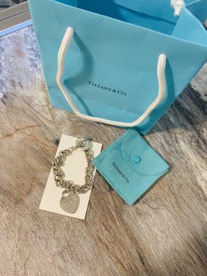 Tiffany & Co heart bracelet 💙 for Sale in Puyallup, WA