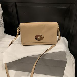 Brand new coach cross body leather bag for Sale in Los Angeles, CA