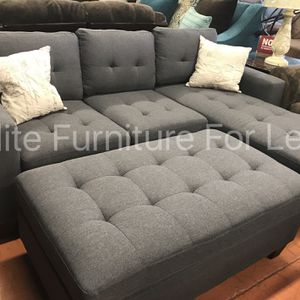 Grey Polyfiber Reversible Sectional W/ XL Ottoman for Sale in Chula Vista, CA