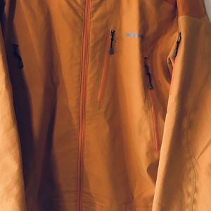 Patagonia Men's Size Small Shell/jacket for Sale in Windsor, CT