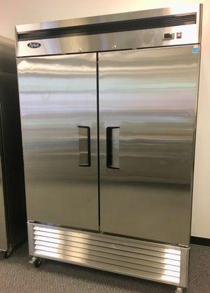 Bottom mount double door commercial refrigerator cooler business equipment for Sale in Kent, WA