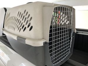 Dog/Cat Kennel for Sale in Winter Haven, FL